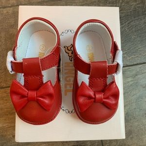 Angel Shoes, Baby Minnie Bow Mary Jane, size 2